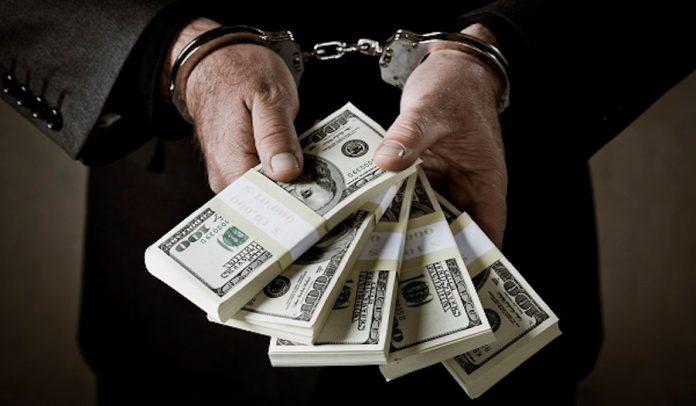 więzienie dolary pieniądze